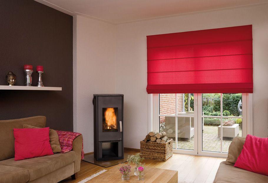 Hochwertiger Sonnenschutz, Sichtschutz und Lichtschutz - Lamellenvorhang - Senkrechtlamellen - Faltrollo – Rollo in Rot für eine stilvolle Note im Wohnzimmer – Dr. Haller + Co. – Selastore®